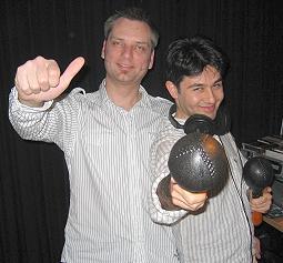 Die Salsa-Club DJs Christian und Bariggi